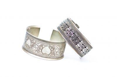 silver jewelry bracelet